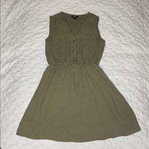 H&M casual dress dark green size 4
